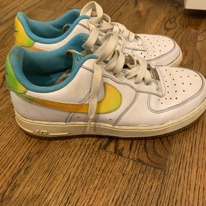 Orange, green and light blue Air Force One Sneaker